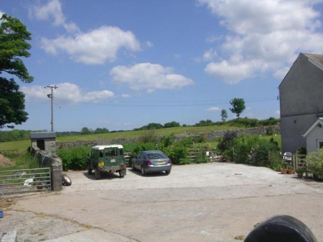 Glanyrynys Farm Parking Area