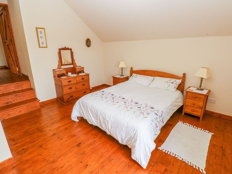 Llwynpur Double Bedroom